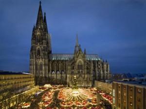 kerstmarkt-dom-van-keulen-kerstmarkten-keulw_400h_300p_location2333s_0c_01-300x225