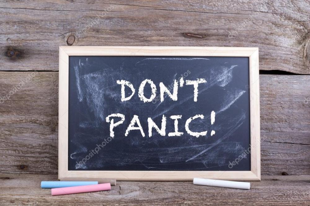 depositphotos_124572966-stockafbeelding-geen-paniek-tekst-op-blackboard