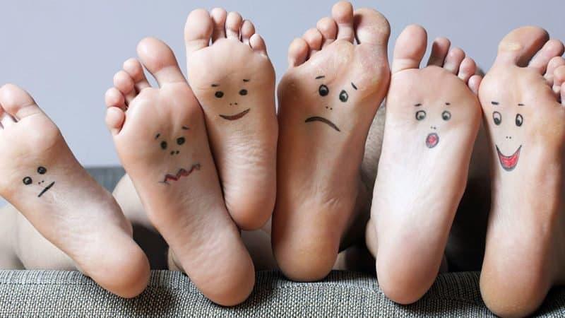 8-15-Short-Foot-Exercise-lijkt-balans-te-vergroten-bij-overpronatie-van-de-voet_116643859-800x450